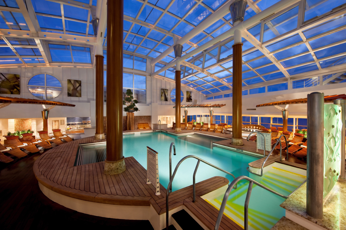 celebrity-reflection-inside-pool